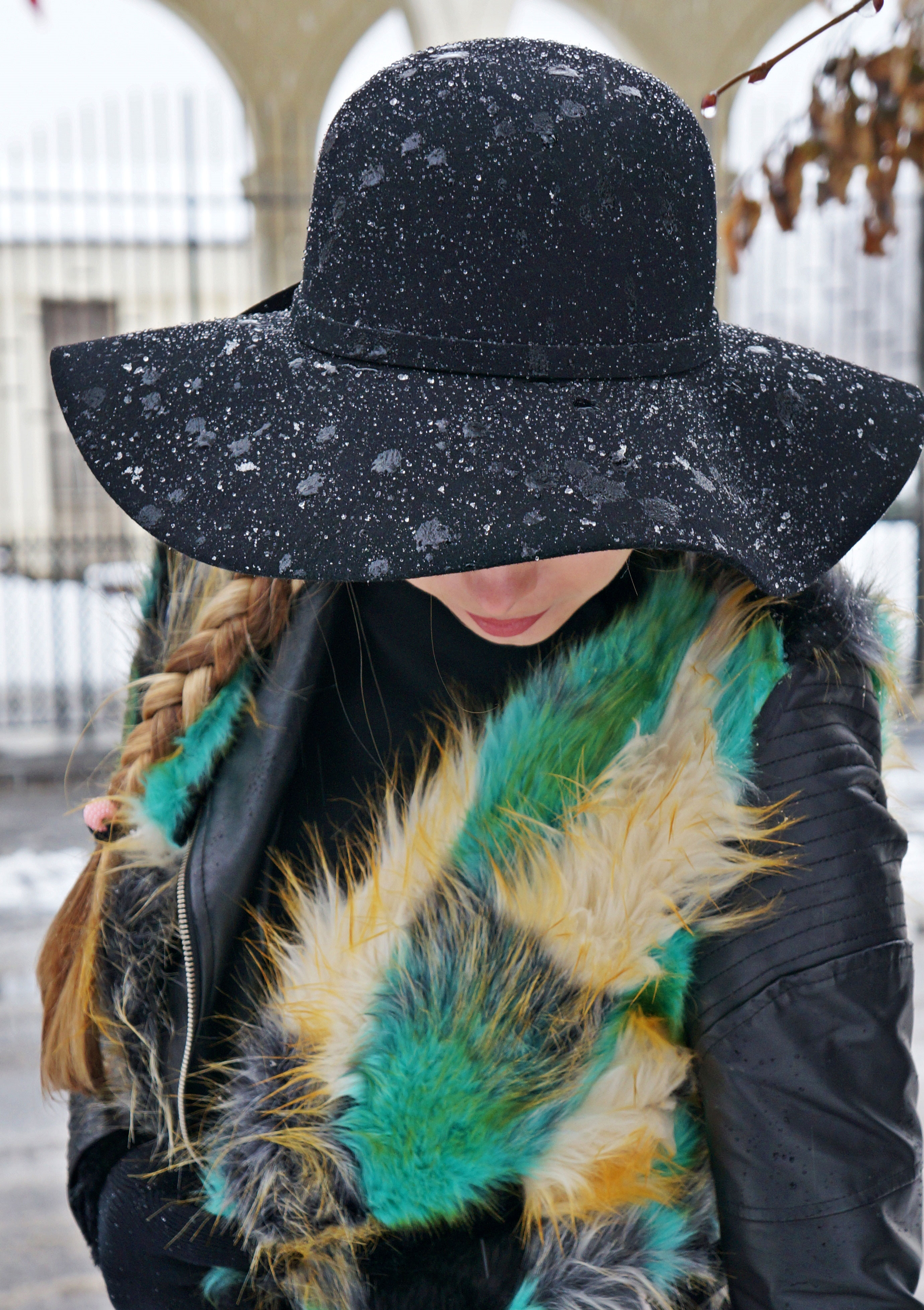black.hat.oasa_WEBp