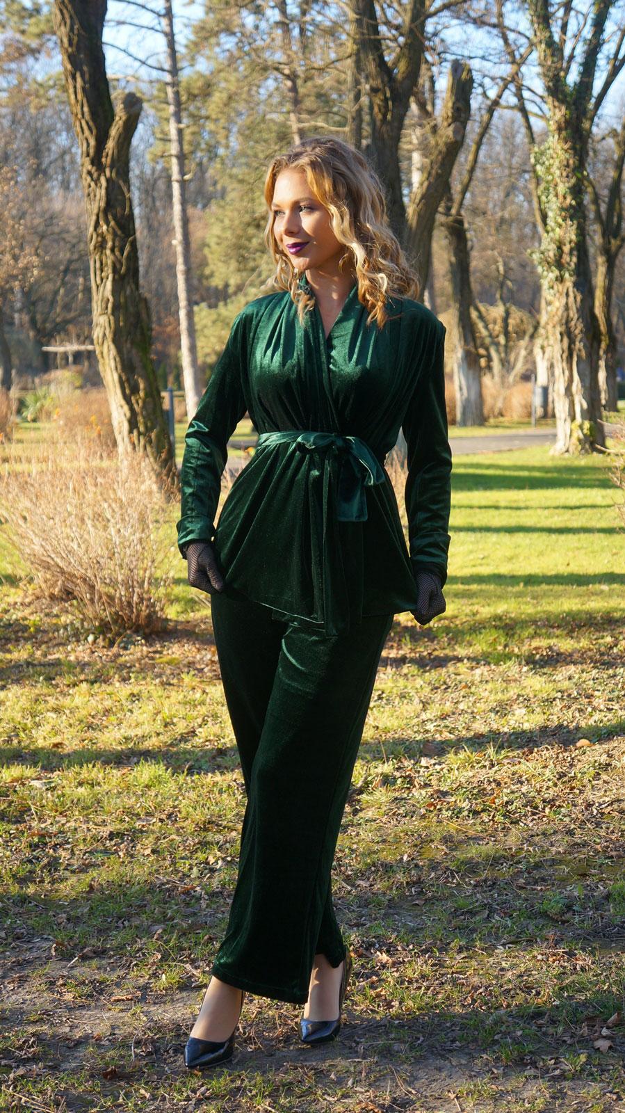 velvet-dark-green